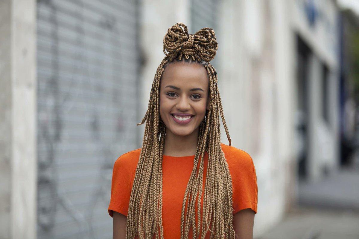 африканские косички девушка