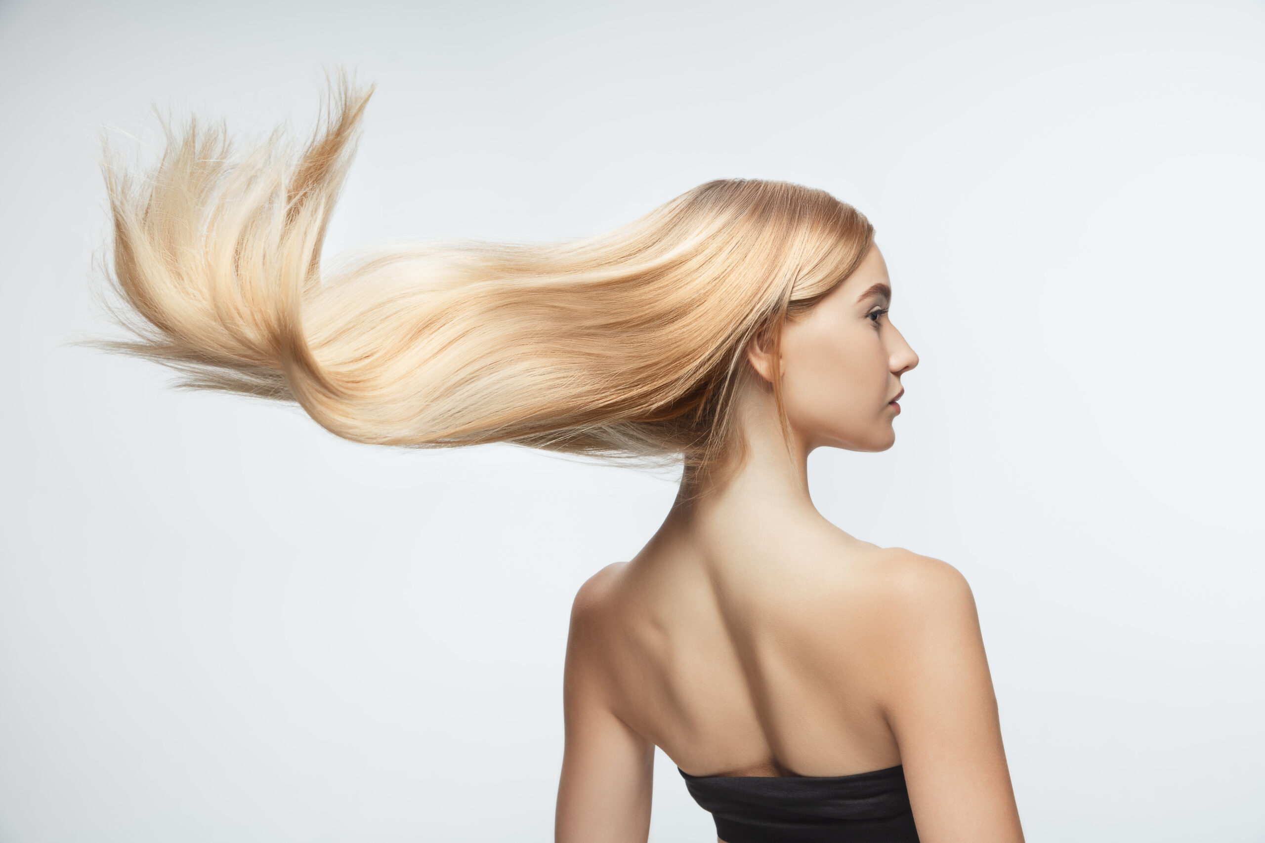 модель наращивание волос